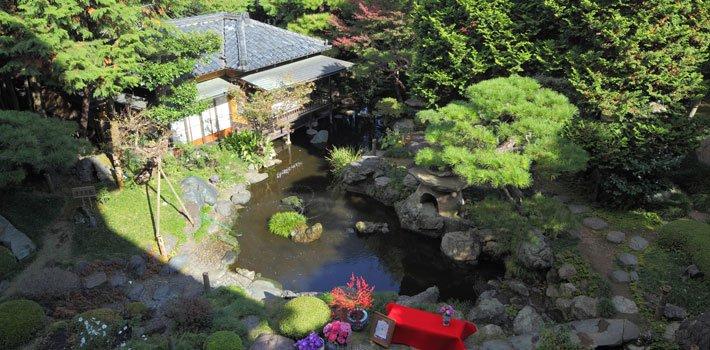 写真:二葉の日本庭園