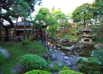二葉の日本庭園 写真